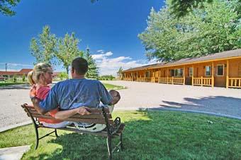 Riverside-Motel-Cabins-RV-Park